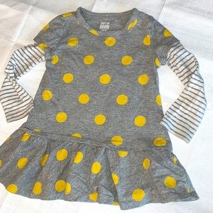 🎀girls size 2T dress long sleeve with gold polka dots.    SALE 10.00 off $30.00